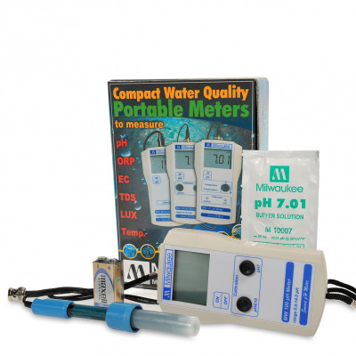 Milwaukee MW100 pH meter